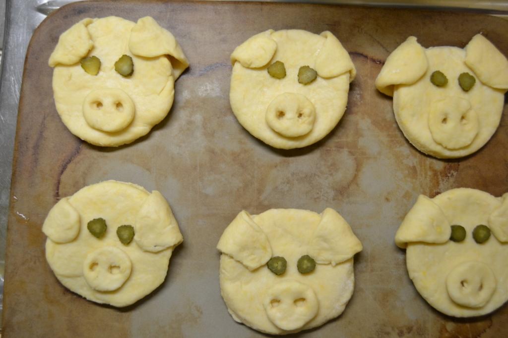 Schweinchen auf Stein