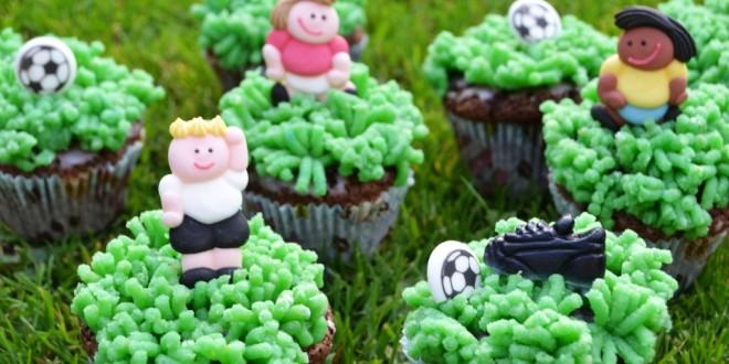 Muffins mit Fußballmotiven