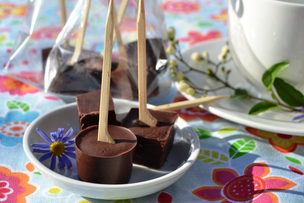 trinkschokolade am stiel thermomix rezept danis treue. Black Bedroom Furniture Sets. Home Design Ideas