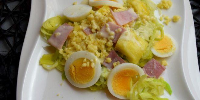 Lauch-Salat mit Schinken, Ananas, Käse und Ei aus meinem Thermomix