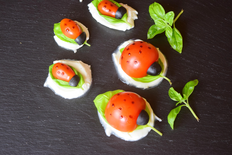 Maikäfer Tomate Mozarella
