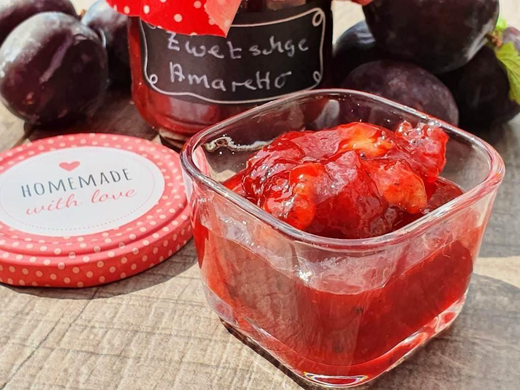Zwetschgen-Marmelade mit Amaretto und Walnüssen aus meinem Thermomix